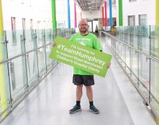 Michael Joyce visits the children's hospital ahead of his 10k challenge